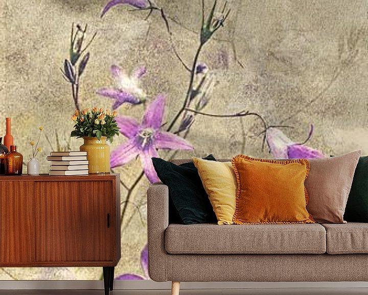 Beispiel fototapete: Glockenblume - Collage von Christine Nöhmeier