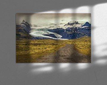 Weg langs Vatnajökull van Easycopters