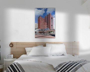 Le World Trade Center de La Haye par une journée ensoleillée sur Tony Vingerhoets