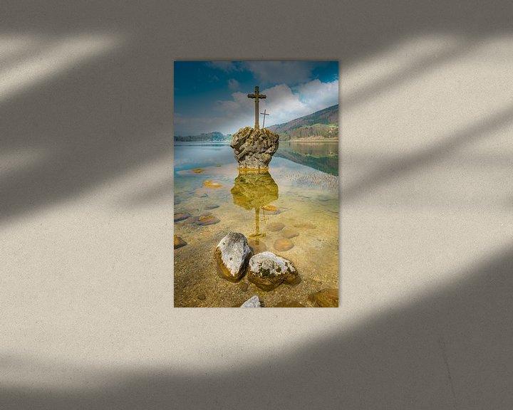Sfeerimpressie: Mondsee met kruissteen van Martin Wasilewski
