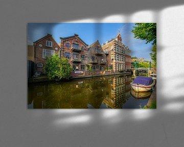 Nieuwe Rijn Leiden met pand van Eduardo IJdo van Dirk van Egmond