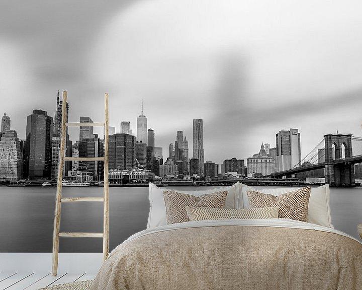 Sfeerimpressie behang: Skyline Lower Manhattan (zwart/wit) van Natascha Velzel