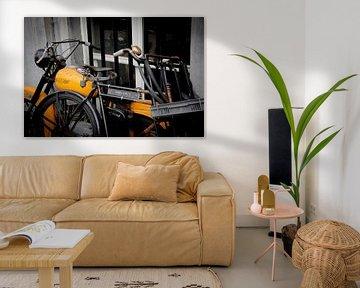 Amsterdam   Jawa Motorrad und Opoe Männerfahrrad von Mark Zoet