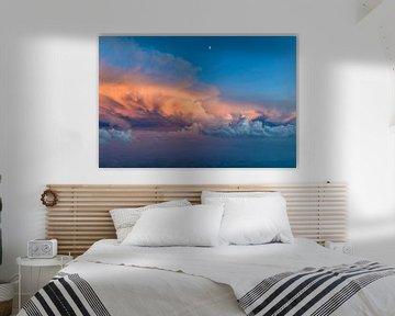 Gewitter im Sonnenuntergang von Denis Feiner
