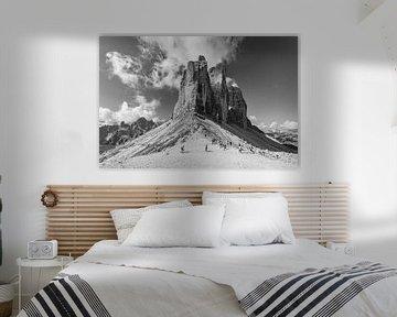 Die Drei Zinnen in den Dolomiten in Italien in schwarz-weiß - 2 von Tux Photography