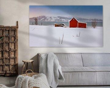 Cabane rouge dans la neige, Norvège sur Adelheid Smitt