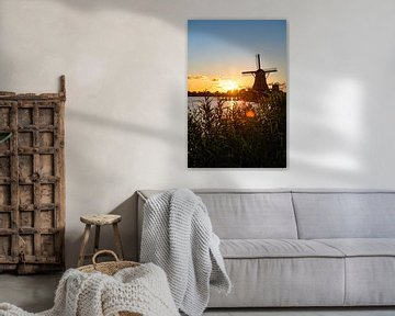 Kleurrijke zonsondergang Zaanse Schans van Michael Bollen