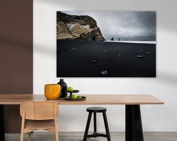 Zwart strand IJsland van road to aloha
