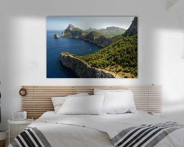 Kliffen van Mallorca van Renzo de Jonge
