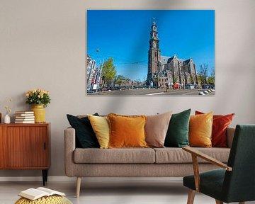 Stadsbeeld van Amsterdam in Nederland met de westerkerk van Nisangha Masselink