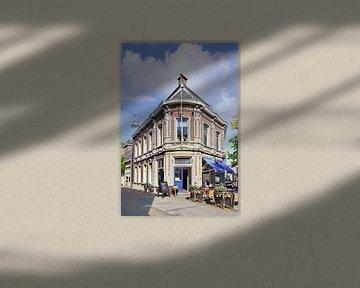 Grand Café Meesters in Tilburg Stadtzentrum an einem sonnigen Tag von Tony Vingerhoets
