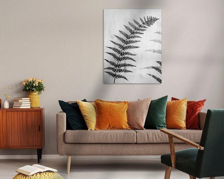 Beispiel: Gemälde schwarz-weißes Farnblatt von Bianca ter Riet