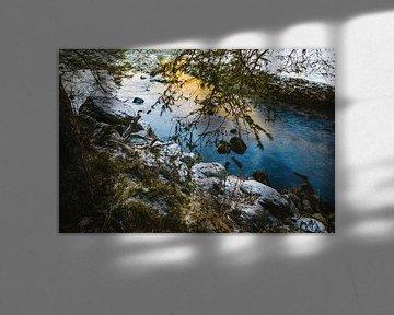 IJsblauwe stroom door Oostenrijk van Van Kelly's Hand