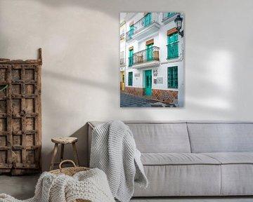 Typische Fassade in Cómpeta, Andalusien, Spanien von Monique van Helden