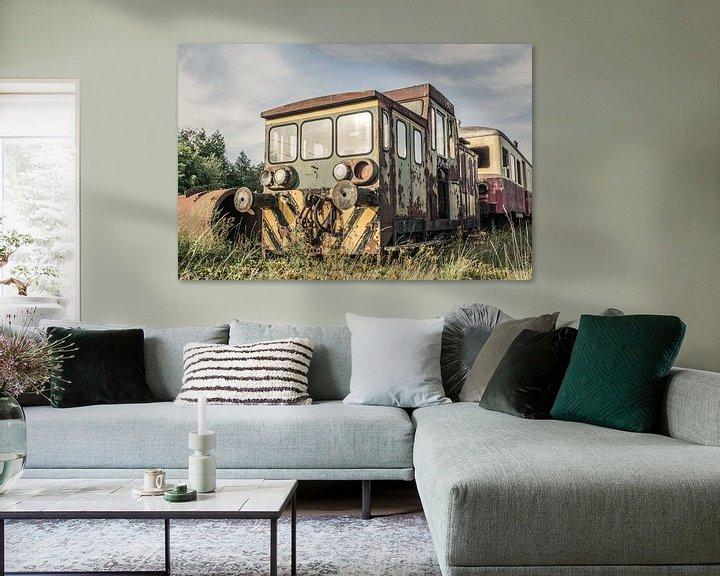 Beispiel: Verlassene Lokomotive von Art By Dominic
