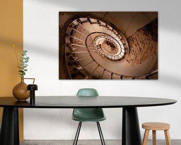 Verlassene Holztreppe. von Roman Robroek