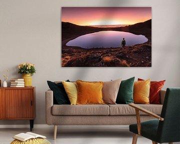 Blue Lake bij zonsopgang, Tongariro National Park, Nieuw-Zeeland van Markus Lange