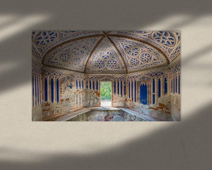 Beispiel: Runde Kapelle im Verfall von Perry Wiertz