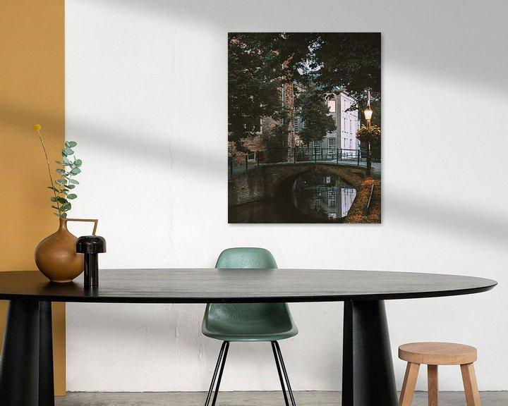 Sfeerimpressie: Doorkijkje in de Muurhuizen in Amersfoort van Michiel Dros
