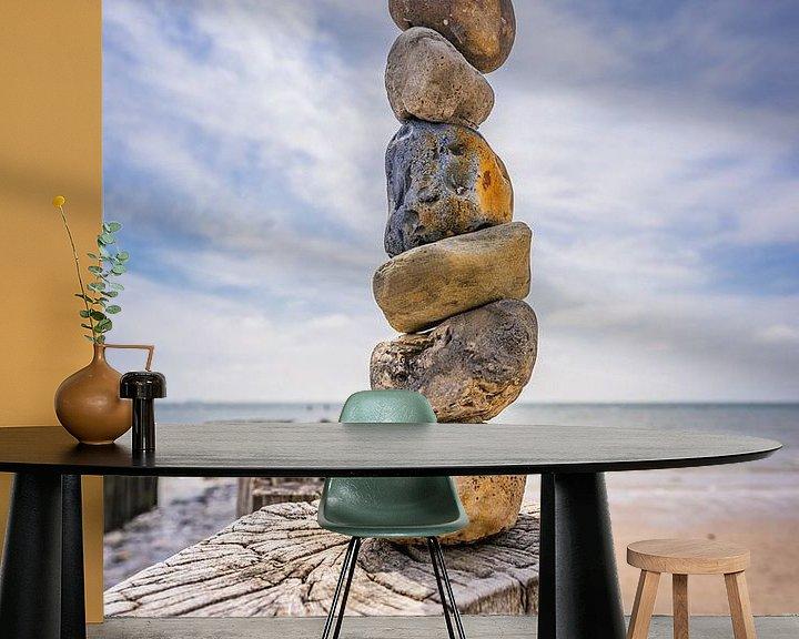 Sfeerimpressie behang: De stenen toren. van Jolanda Bosselaar