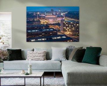Le stade Philips pendant l'heure bleue sur Mitchell van Eijk
