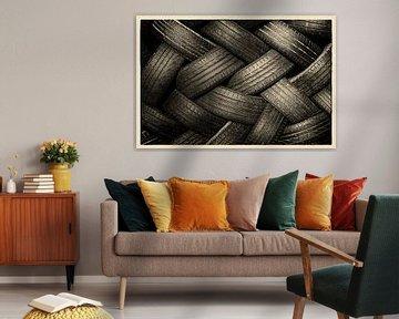 Kunstwerk van versleten autobanden van Gert van Santen