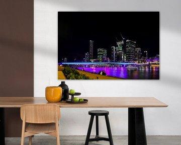 Farbenfrohe Lichter bei Nacht entlang des Brisbane River von Ginkgo Fotografie