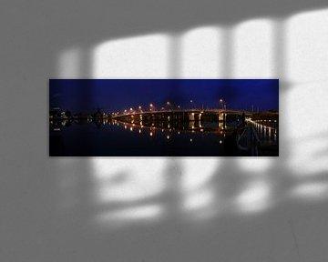 Grosses Panorama 3:1 Juliana-Brücke Zaandijk von FotoBob