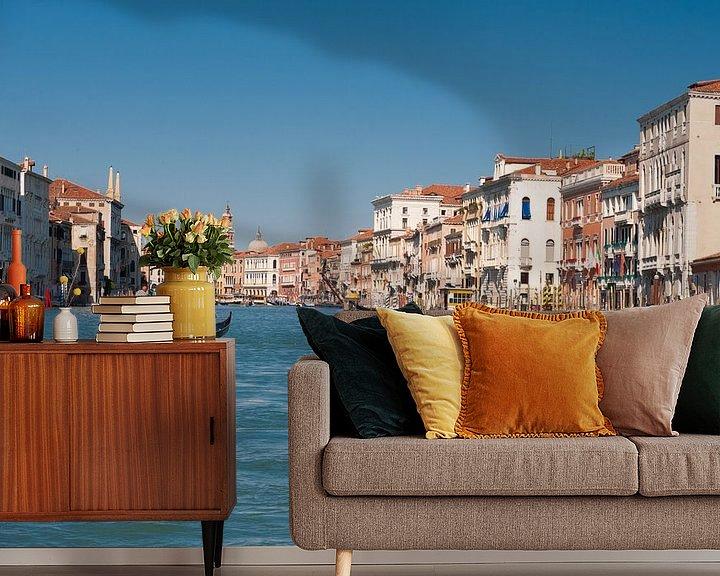 Sfeerimpressie behang: Venetia ,Venetië van Brian Morgan