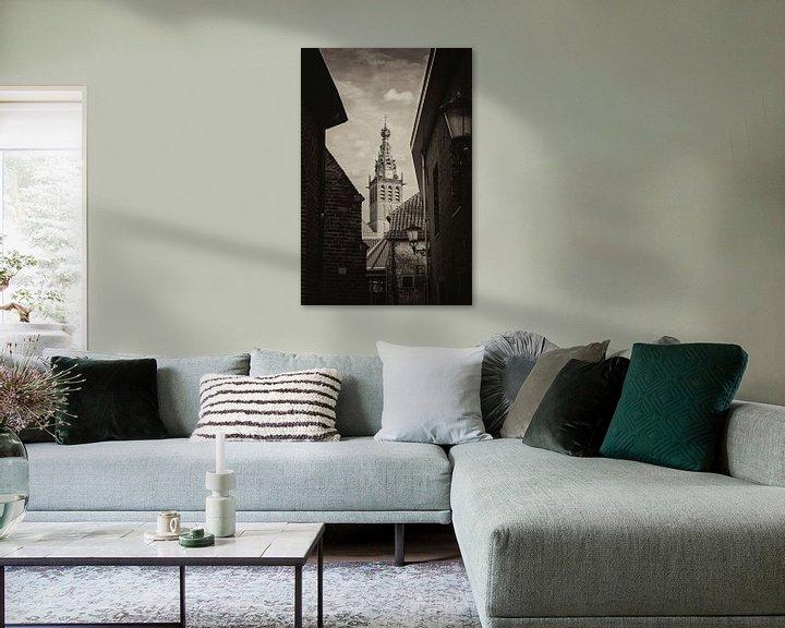 Sfeerimpressie: Doorkijkje naar de Stevenskerk Nijmegen in zwart-wit van Maerten Prins