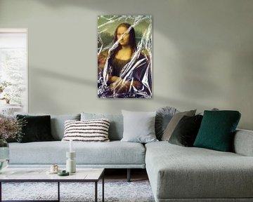 Mona, Almost Unwrapped van Marja van den Hurk