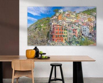 Buntes Riomaggiore, eines der Dörfer der Cinque Terre (Italien) von Jessica Lokker