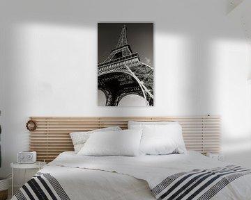Eiffelturm in Schwarz-Weiß von Henny Hagenaars