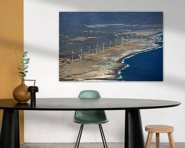 Windmolenpark op Bonaire Oostkust. van Silvia Weenink