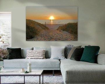 Zonsondergang aan zee bij het strand op Texel van Wim van der Geest