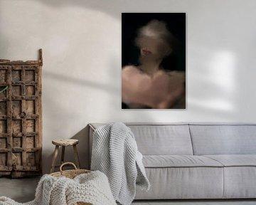 Abstract portret van Carla Van Iersel