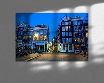 Stadtbild von Amsterdam mit Sonnenuntergang von Nisangha Masselink