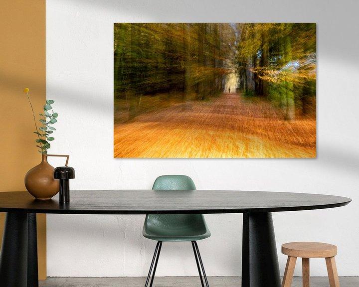 Sfeerimpressie: Bewogen bos van Tonia Beumer