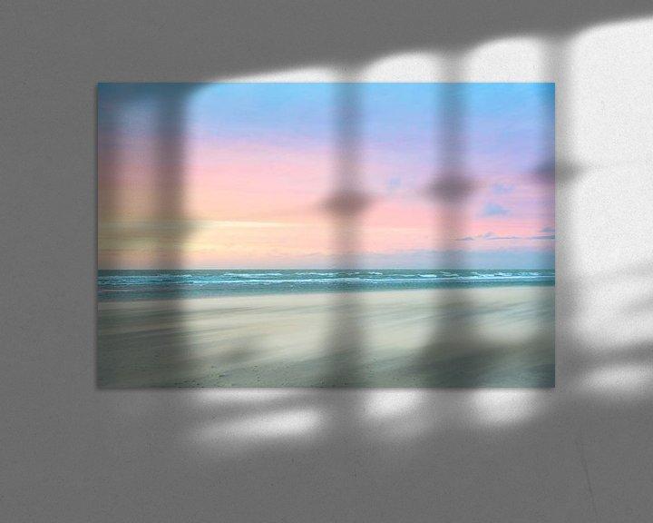 Sfeerimpressie: Zandstorm op het strand tijdens zonsondergang van iPics Photography
