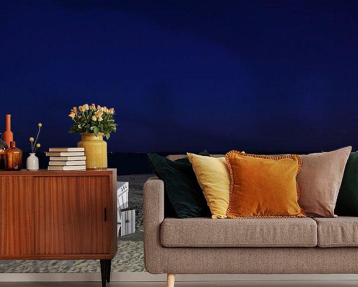 Sfeerimpressie behang: Strandstoelen op Sylt bij nacht van Frank Herrmann