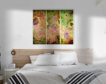 Stilleben mit Sonnenblumen, Mimosen, Bougainvillea und Efeu. von Saskia Dingemans