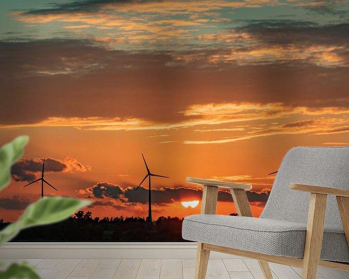 Sfeerimpressie behang: Windmolens in de avondzon van Arie Jan van Termeij