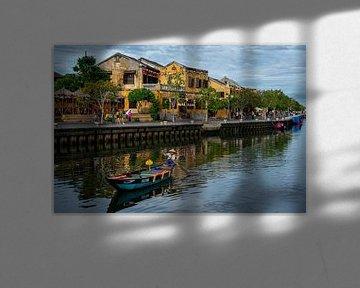 Bootje op rivier in Hoi An, Vietnam