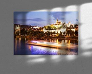 Prag mit der Burg am Abend von Werner Dieterich