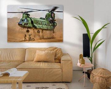 Chinook helikopter tijdens een slingload oefening van Aron van Oort
