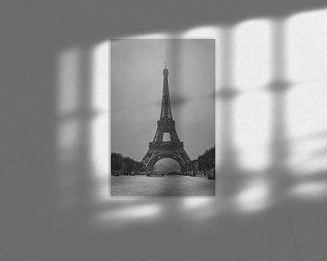 Eiffelturm im Schnee - Paris von Ronald Pieterman