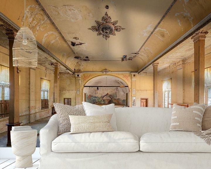 Beispiel fototapete: verlassener Ballsaal von Kristof Ven