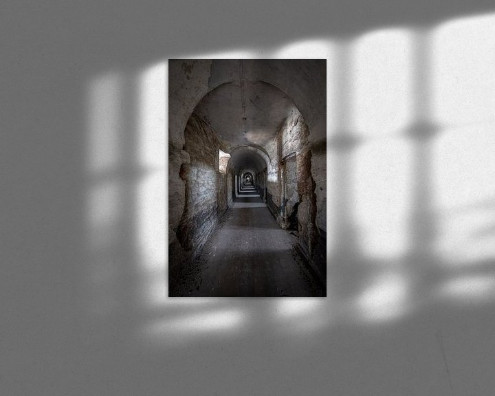 Sfeerimpressie: Verlaten gevangenis uit de  achttiende eeuw in België van Steven Dijkshoorn