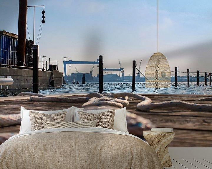 Sfeerimpressie behang: Bouwplaats in de haven van Kiel met zicht op de Baltische Zee van MPfoto71