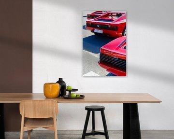 Trois voitures de sport rouges Ferrari Testarossa des années 1980 sur Sjoerd van der Wal